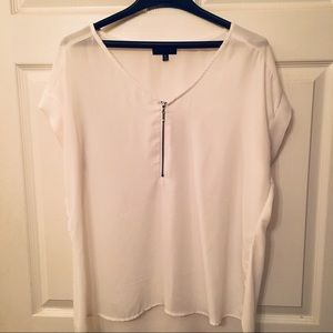 My Michelle Blouse- White- with zipper